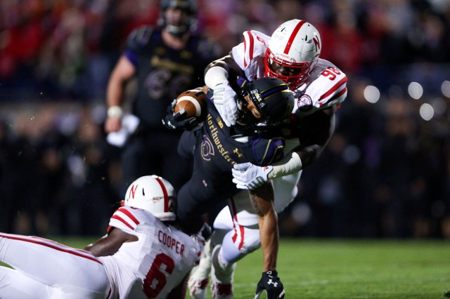 ct-spt-1019-northwestern-nebraska-football