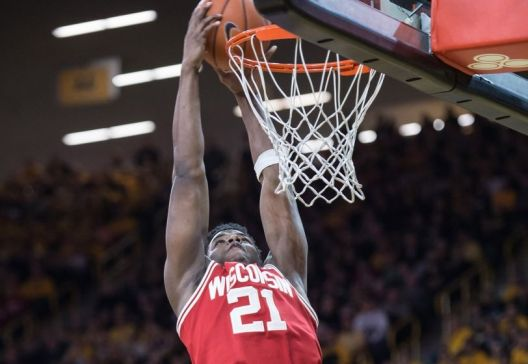 ncaa-basketball-wisconsin-iowa-850x560